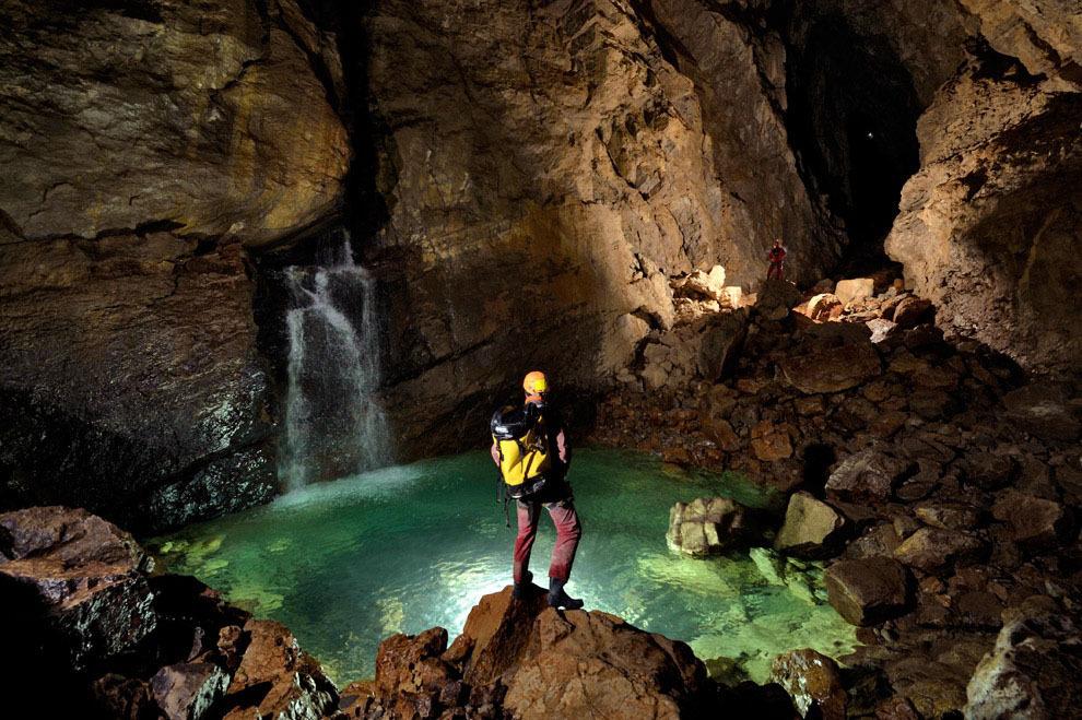 Robbie Shone 9 Спуск в одну из самых глубоких пещер мира