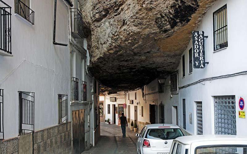 Setenil de las Bodegas 4 Удивительный городок в скале: Сетениль де лас Бодегас