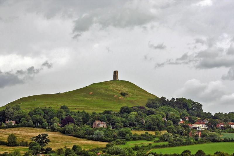 Somerset 4 800x533 Гластонберийский холм