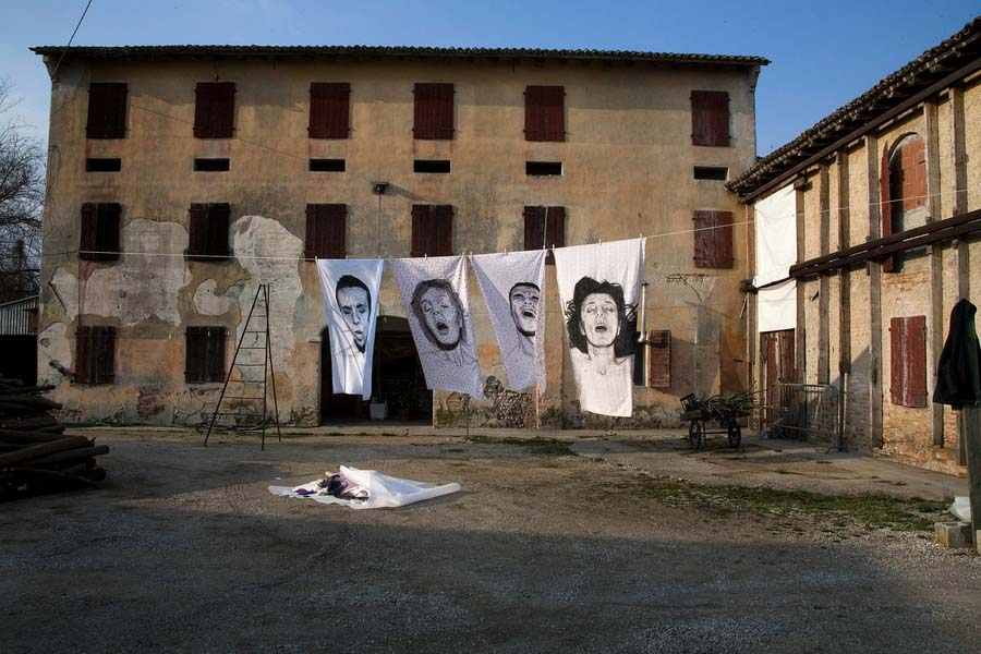 diegobeyro 2 Портреты на простынях Диего Бейро