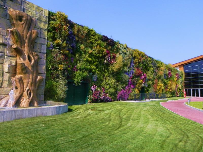 vertical garden 3 Крупнейший вертикальный сад в мире