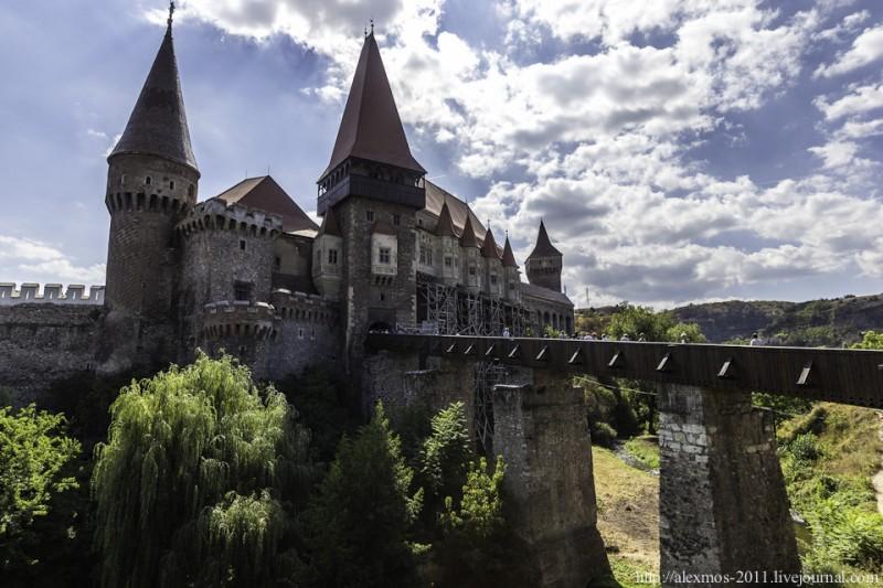 015 800x533 «Замок Ворона» и «замок Дракулы»