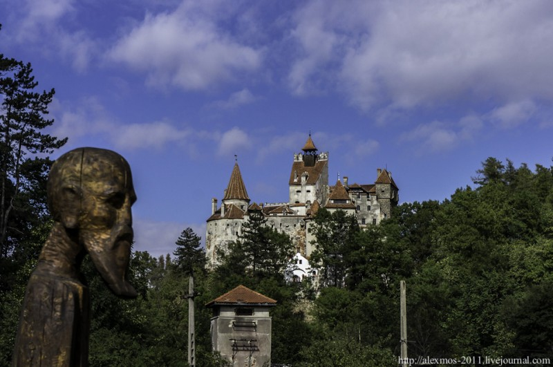 212 800x531 «Замок Ворона» и «замок Дракулы»