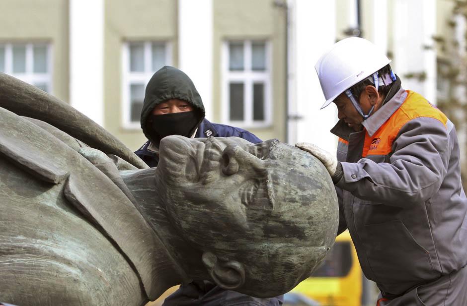 33 Последний Ленин Монголии готов уйти с молотка