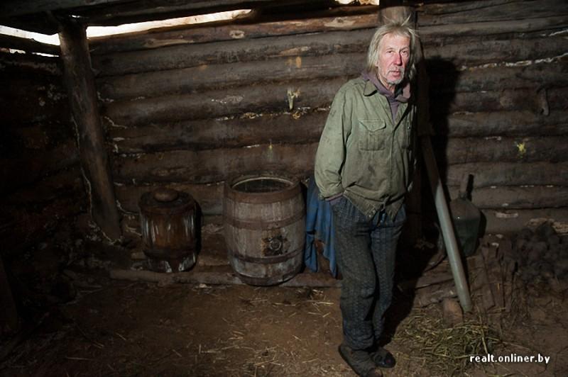 47 800x532 Белорусские отшельники уже20 летживут безсвета, газа иводопровода, нонасвоей земле