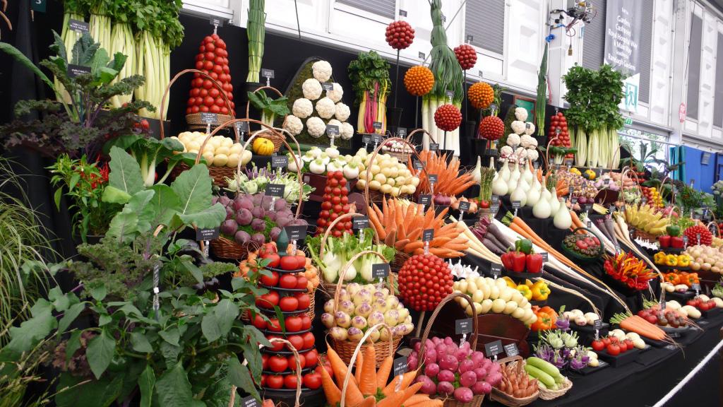 Artful Displays of Vegetables 10 Красочные овощные мозаики на выставках и ярмарках
