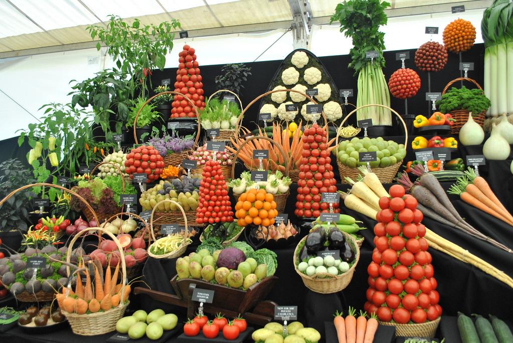 Artful Displays of Vegetables 3 Красочные овощные мозаики на выставках и ярмарках
