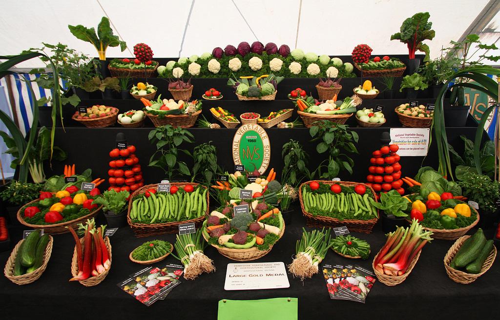 Artful Displays of Vegetables 6 Красочные овощные мозаики на выставках и ярмарках