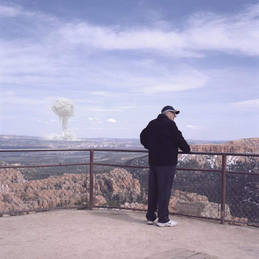 Atomic Overlook 10 Вид на атомный взрыв