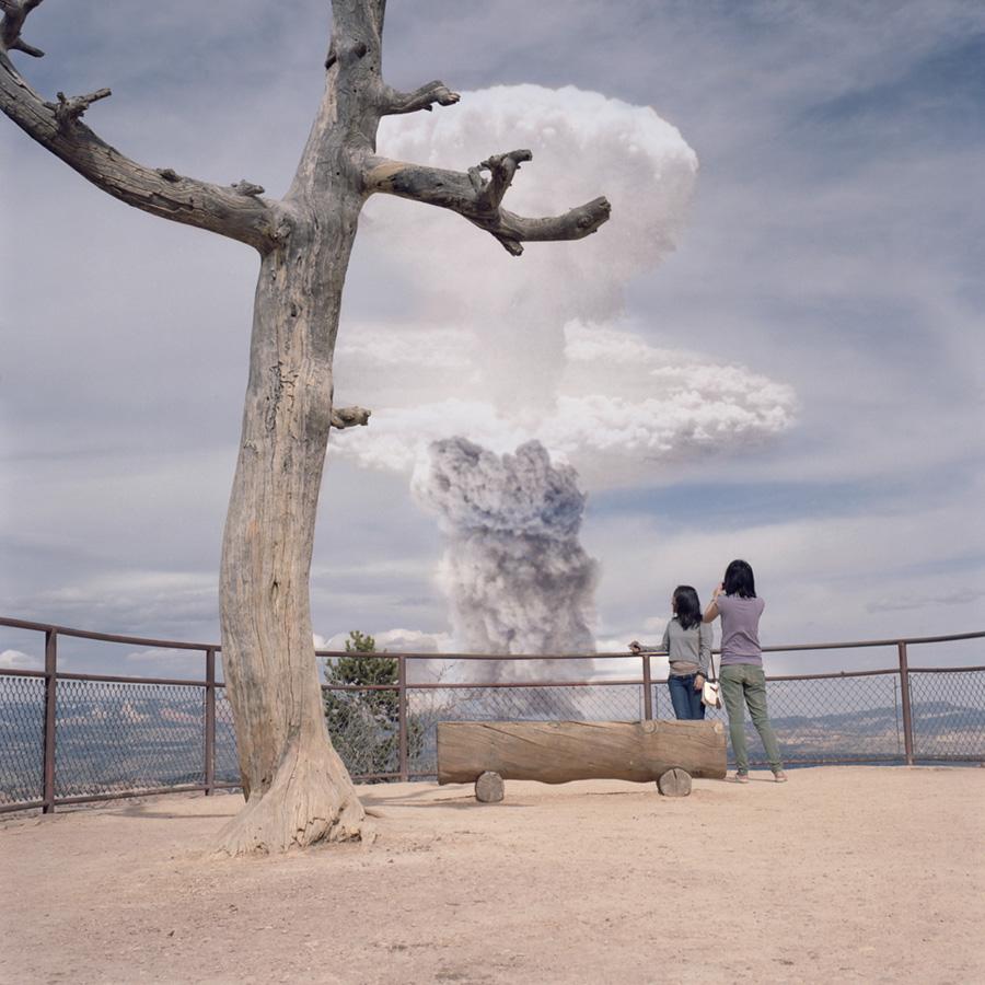 Atomic Overlook 6 Вид на атомный взрыв