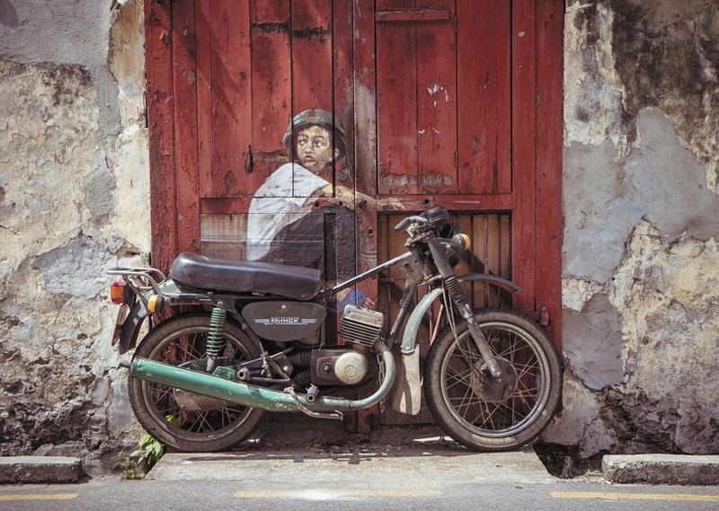http://bigpicture.ru/wp-content/uploads/2012/10/Ernest-Zacharevic-5.jpg
