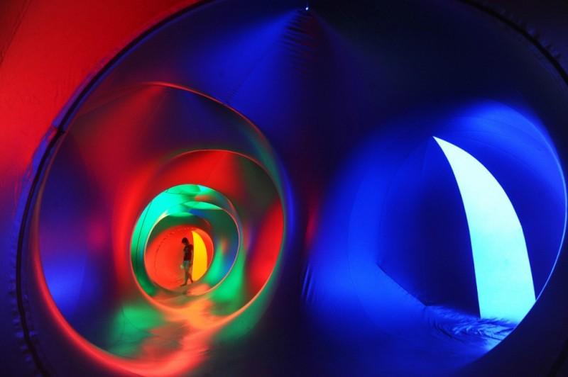 Miracoco Luminarium — световая инсталляция