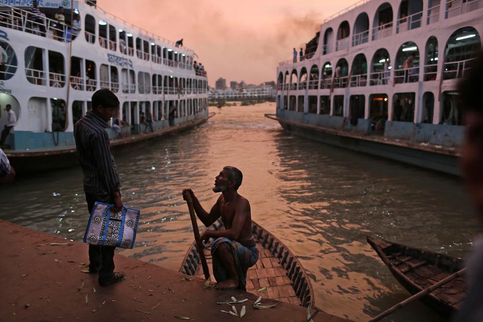 Niranjan Shrestha 20 Повседневная жизнь в разных странах мира в сентябре 2012