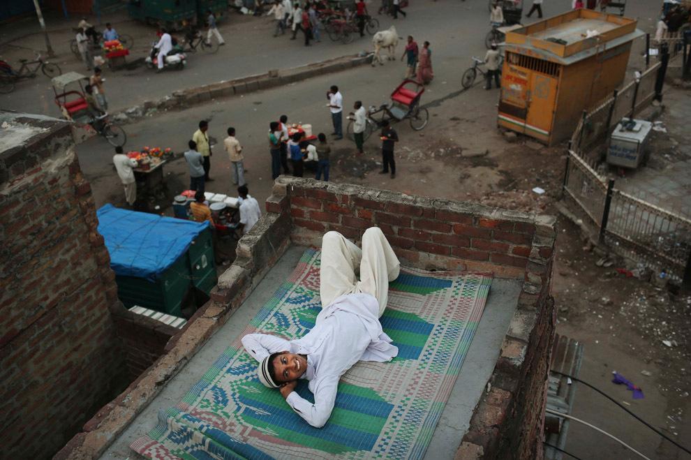 Niranjan Shrestha 3 Повседневная жизнь в разных странах мира в сентябре 2012