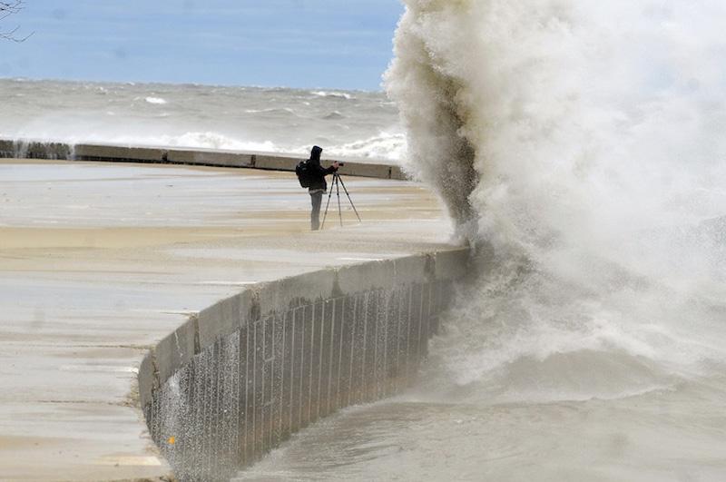 Unforgettable Photos From Hurricane Sandy 1 12 самых незабываемых фото урагана Сэнди
