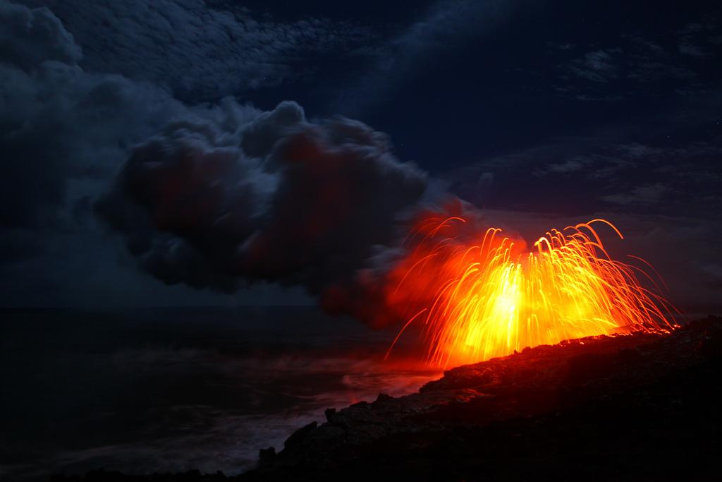 When Lava Meets Water 11 Когда лава встречается с водой