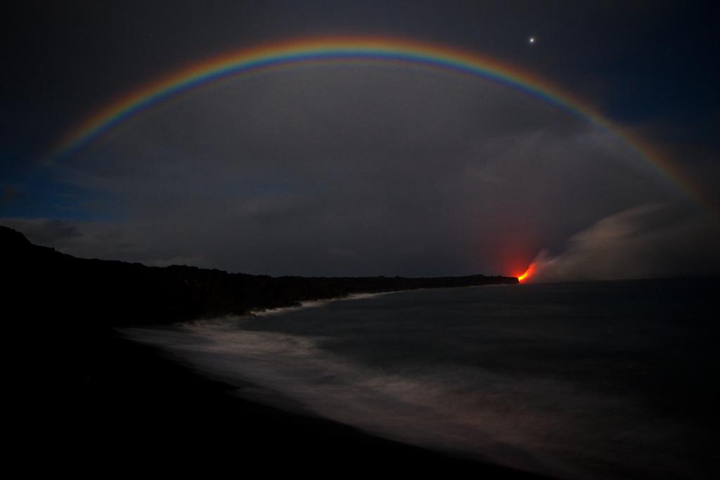 When Lava Meets Water 12 Когда лава встречается с водой