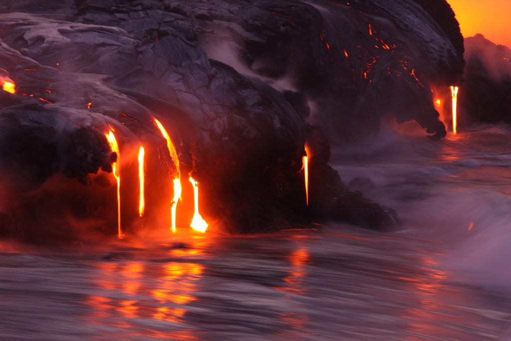 When Lava Meets Water 9 Когда лава встречается с водой