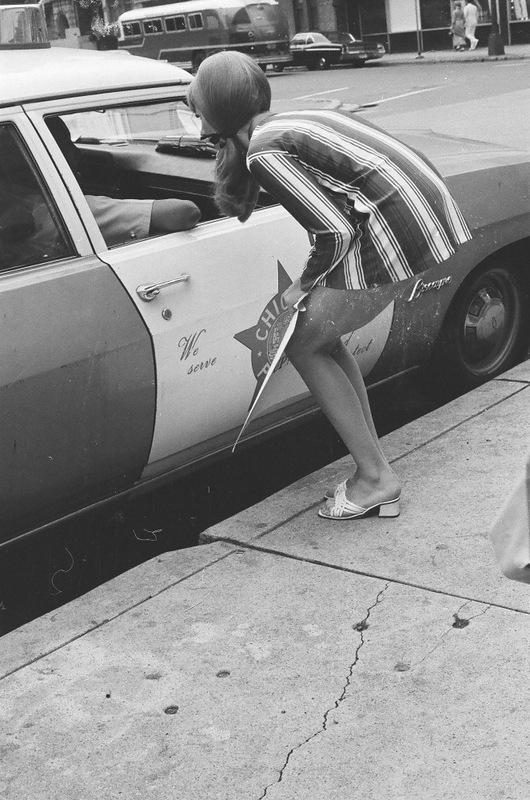 bottomsup08 За 40 лет до Femen   акция топлесс в Нью Йорке 1971 года