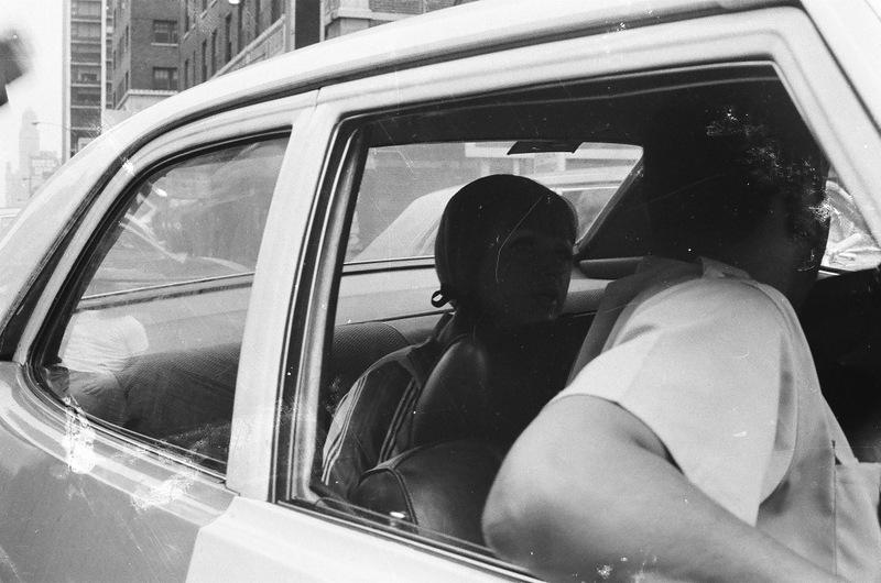 bottomsup32 За 40 лет до Femen   акция топлесс в Нью Йорке 1971 года
