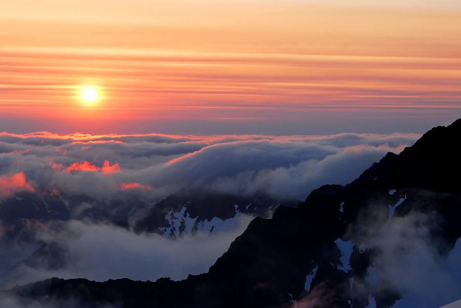 http://bigpicture.ru/wp-content/uploads/2012/10/clouds30.jpg