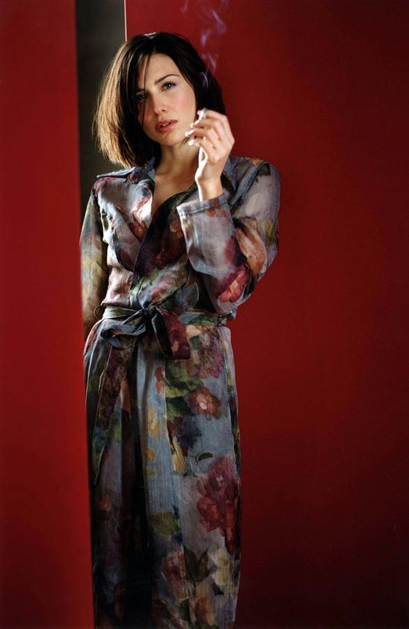 famouswoman 35 37 роковых красавиц и сигареты