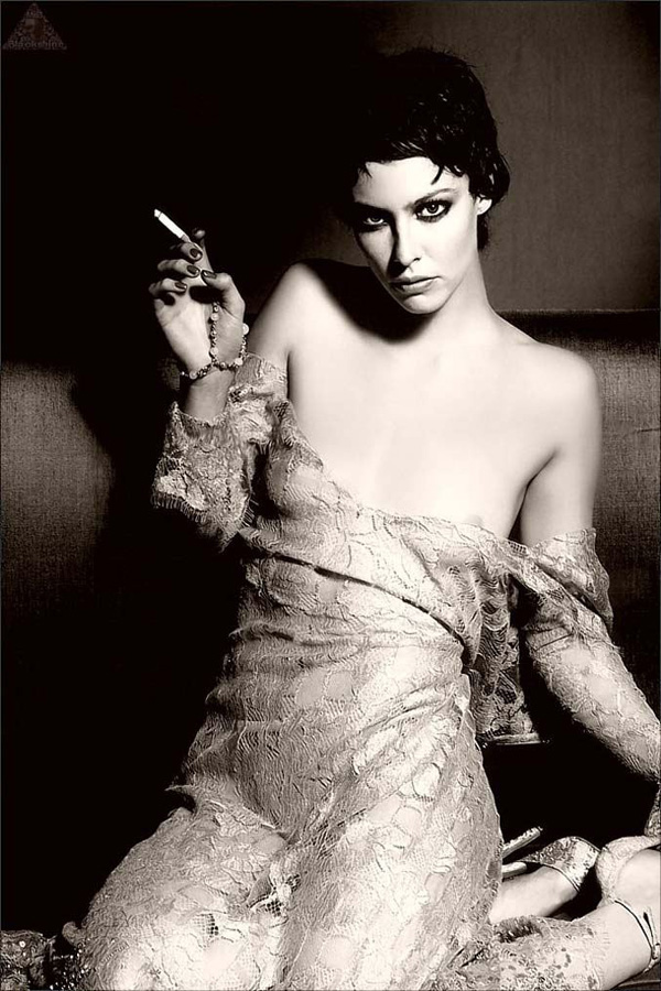 famouswoman 4 37 роковых красавиц и сигареты