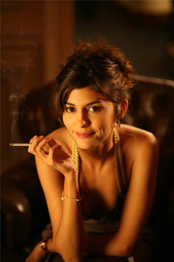 famouswoman 5 37 роковых красавиц и сигареты