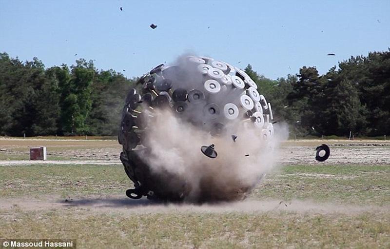 giantball 3 Необычное разминирование