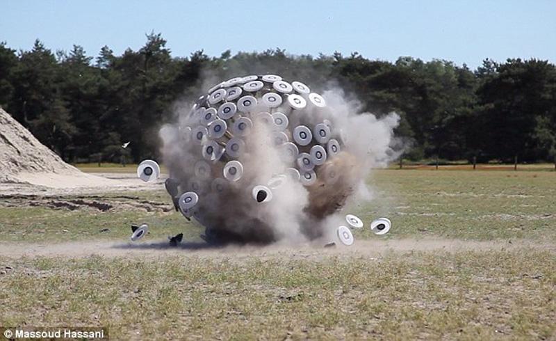 giantball 4 Необычное разминирование