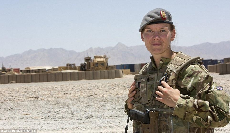 girls life in the Army 10 Будни британских женщин военнослужащих в Афганистане
