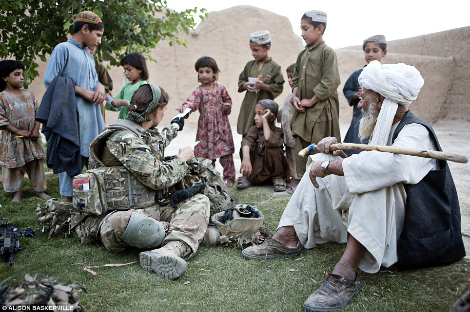 girls life in the Army 11 Будни британских женщин военнослужащих в Афганистане