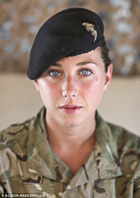 girls life in the Army 22 Будни британских женщин военнослужащих в Афганистане