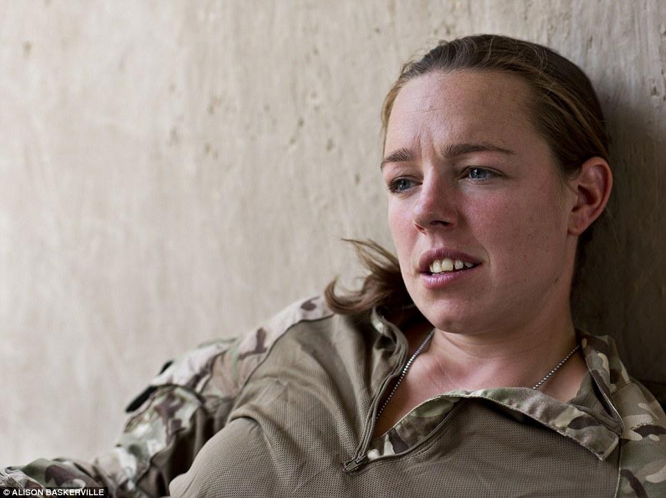 girls life in the Army 23 Будни британских женщин военнослужащих в Афганистане