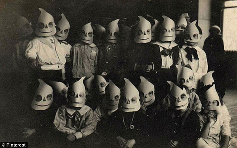 halloween 4 Ретро костюмы на Хэллоуин