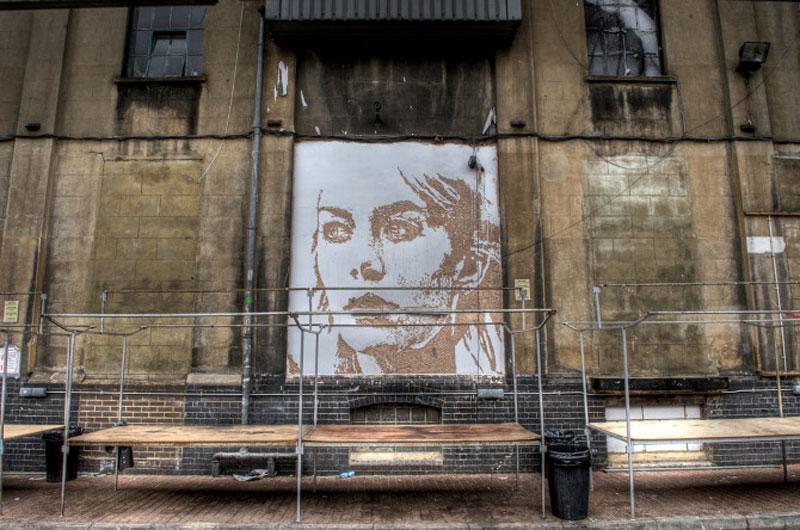 street art portraits 12 Портреты высеченные на стенах