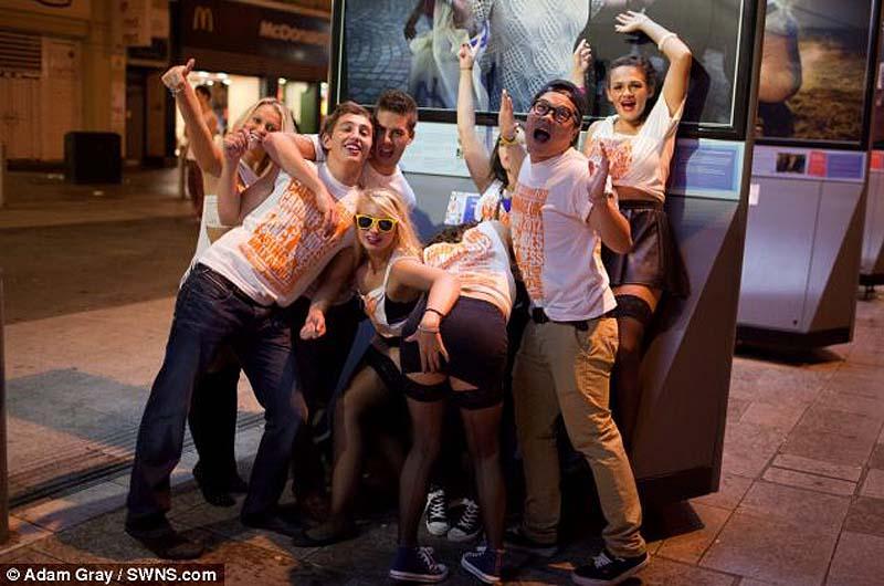 teenagers 16 Посвящение первокурсников в Кардиффе