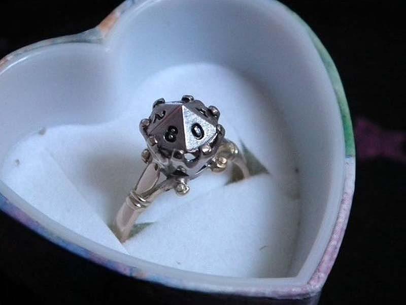 unusualringsforgamers 4 Самые необычные обручальные кольца