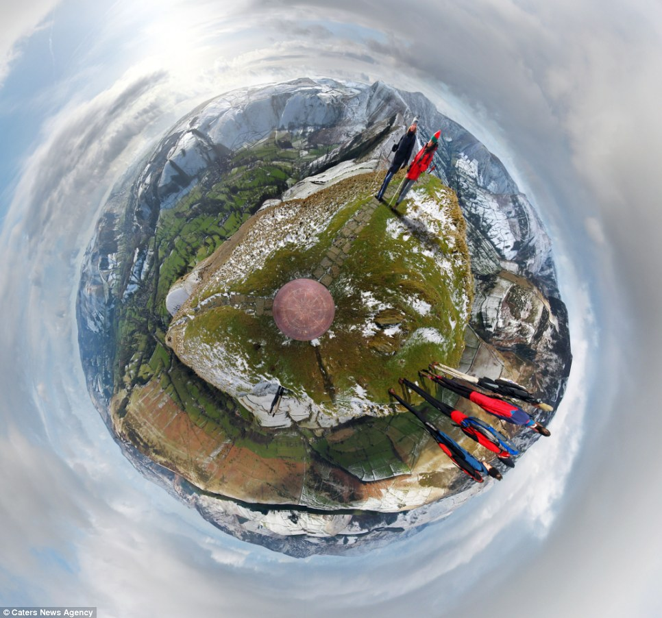 whole world in one frame 10 Весь мир в одном кадре   панорамы, похожие на планеты