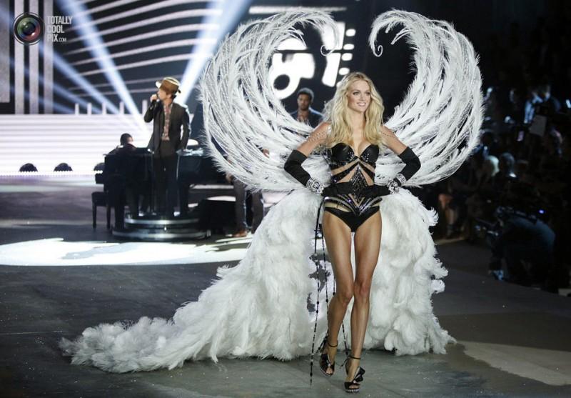 Модное шоу Victoria's Secret 2012