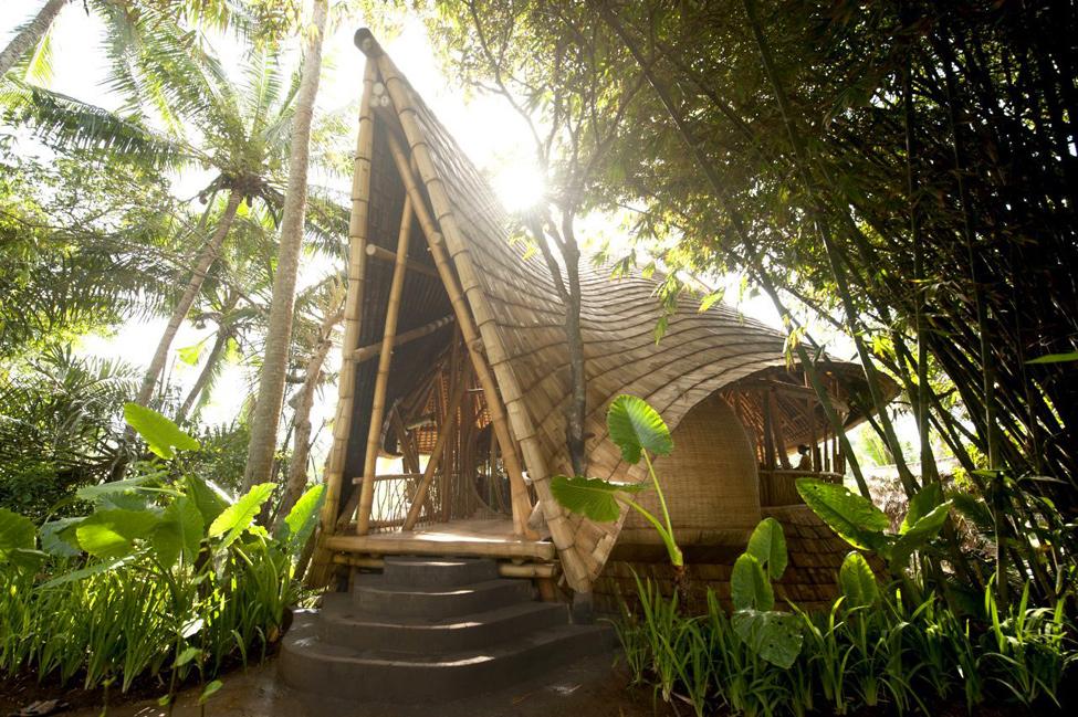 bambukoviotel 1 Бамбуковый отель на Бали