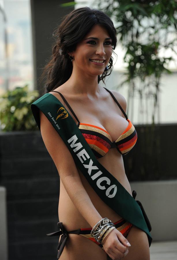 misszemlya2012 9 Горячие участницы конкурса красоты «Мисс Земля 2012» в купальниках
