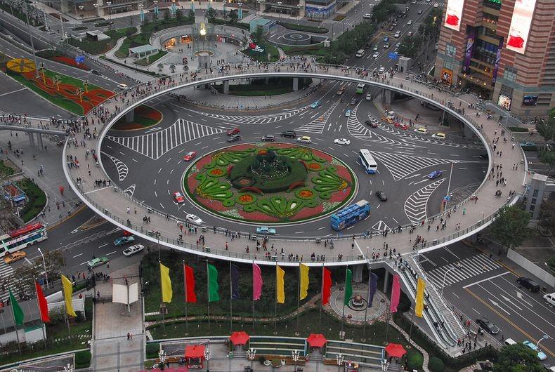 1 Круглый пешеходный мост в Шанхае
