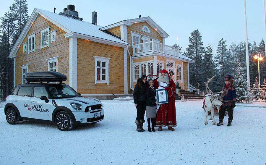141 MINI едет к Санта Клаусу