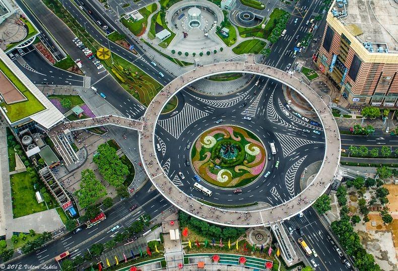 2 Круглый пешеходный мост в Шанхае