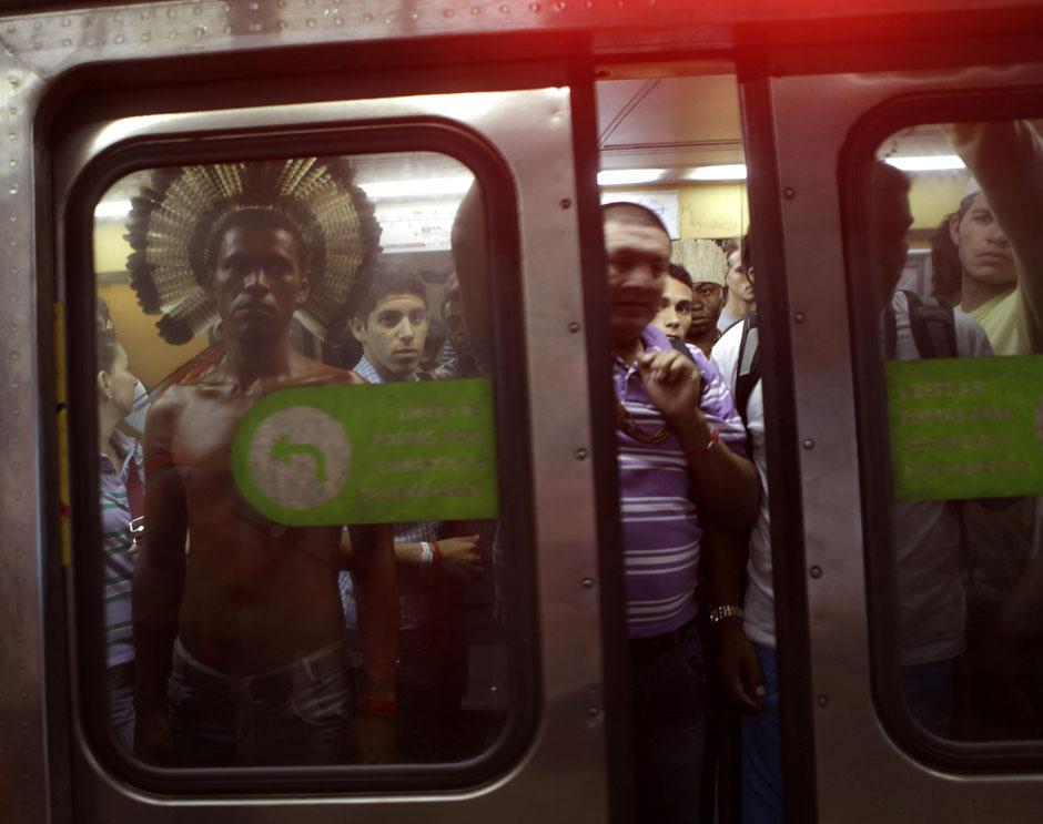 41POY40POYRTR33X9K Лучшие фото 2012 года от Reuters (Часть 1)