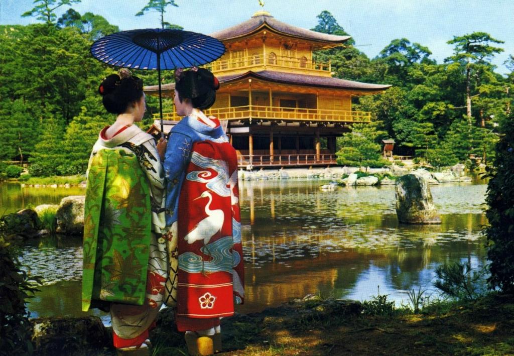 47 Золотой Павильон Кинкаку дзи