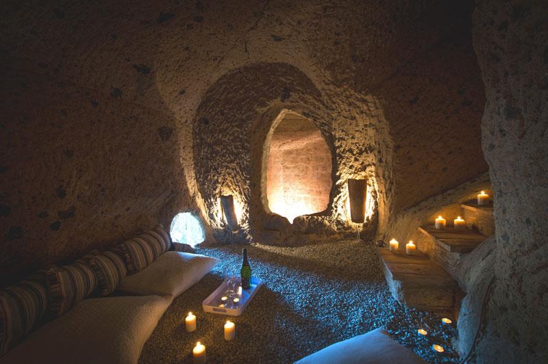 Caverns05 Дом с пещерами