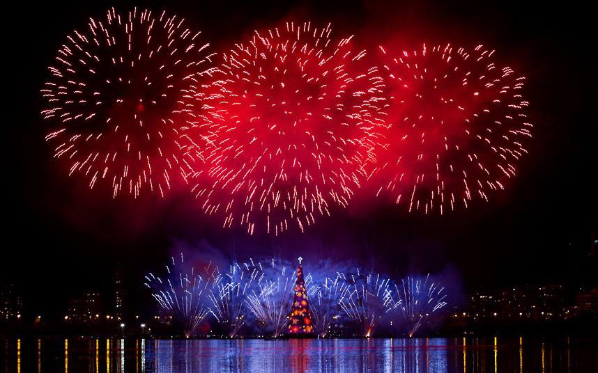 Christmas trees and lights 3 Ёлки и праздничные огни по всему миру