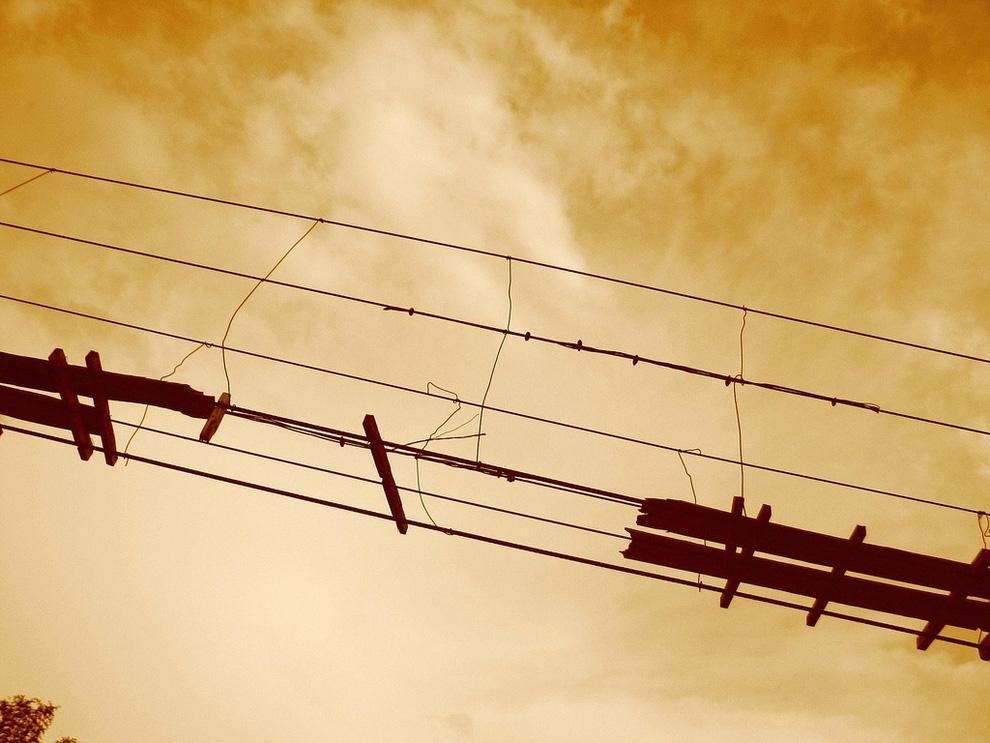 http://bigpicture.ru/wp-content/uploads/2012/12/Insane-Hanging-Bridges-15.jpg